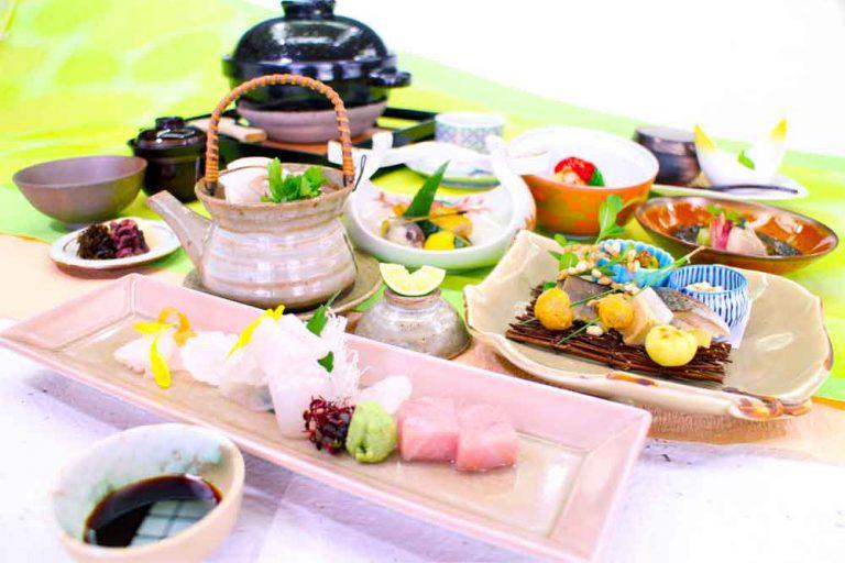 季節会席料理 桜