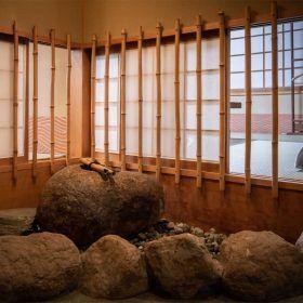 4階館内 - 空気清浄・個室換気の脇小窓